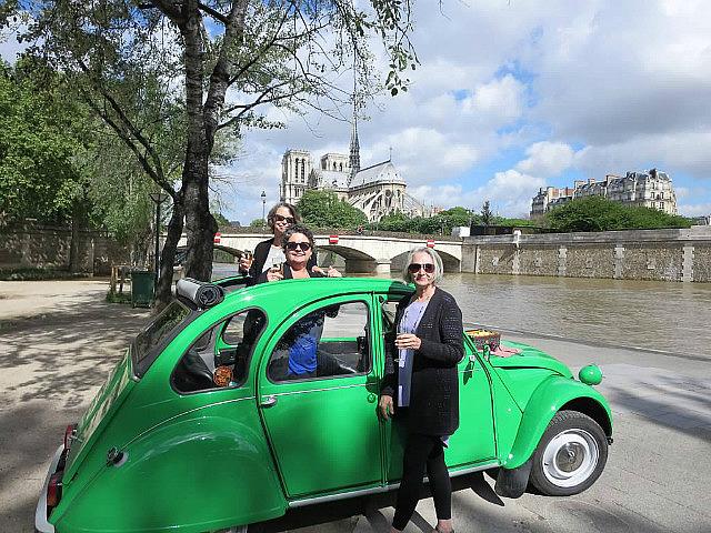 Champagne tour of Paris