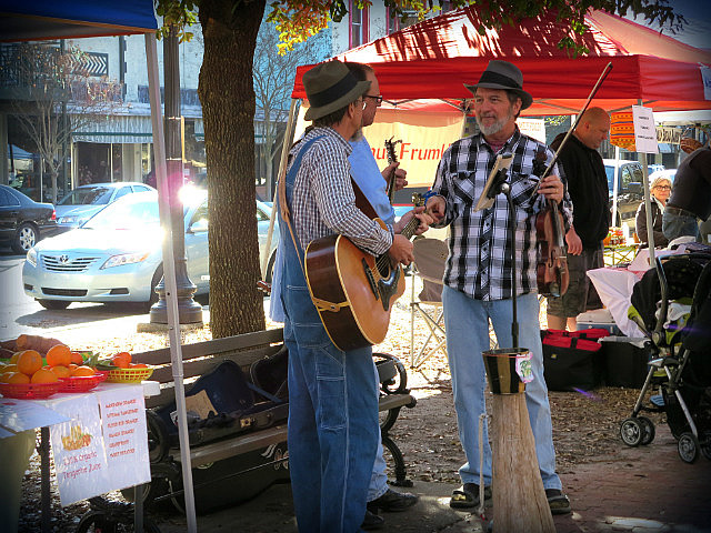 Pickin' at the Farmers Market